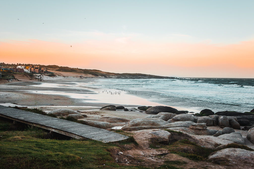 Beach in Punta del Diablo uruguay where to stay | South America travel guides