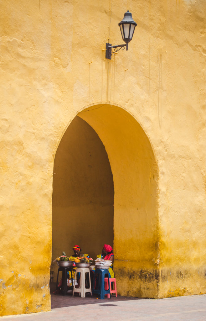cartagena colombia pirates buildings history lovers historical cities south america latin america beautiful colonial fruit ladies dresses traditional caribbean