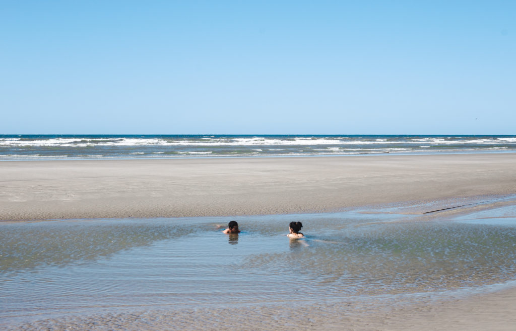 Atins tour Barreirinhas Lençóis Maranhenses kitesurfing beach ocean pools